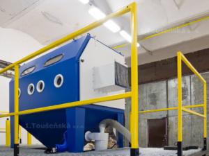 pódium pro pískovací box TB 200