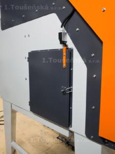 doplňkové dveře pro tryskací kabiny s motoricky posuvnými dveřmi