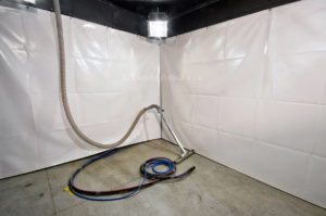 pískovací komora pro balotinu s pneumatickým sběrem materiálu
