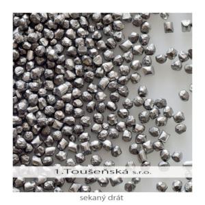 zinkový sekaný drát použitý jako tryskací prostředek