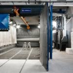 tryskací komora s dělenými dveřmi