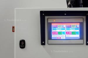 ovládání bubnové pískovačky pomocí dotykové obrazovky