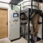 pneumatická doprava abraziva u balotinovací tryskací komory